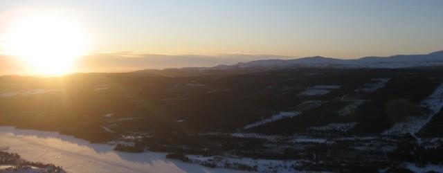 Vi startar skidsäsongen med att åka till Funäsdalen under någon av de första veckorna i december/januari. Under veckan erbjuder vi utbildning i att hantera och utöva friluftsliv i vintermiljö. Vi […]