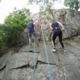 Utmana dig själv och testa på att fira/repellera nerför 30m hög klippa med utsikt mot skärgården. Vi samlas och har en kort genomgång om utrustning vi använder vid firning från […]